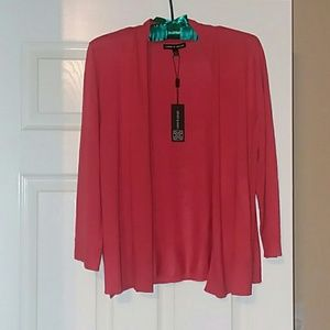 Cable and Gauge shrug in Guava size XL NWT